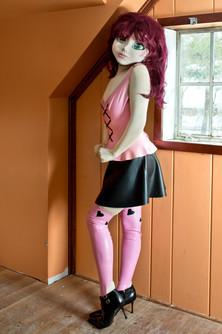501_Redhead_PinkandBlackOutfit_Orange_Ro