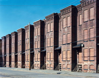 9081.3.00-1 Newton Street Rowhouses 2000