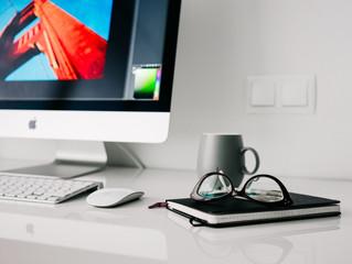 Invista nos cursos on-line e dê um up no seu currículo!