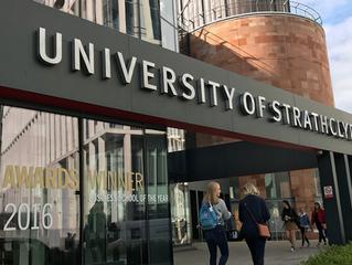 University of Strathclyde oferece bolsas para graduação, pós e MBA. Confira