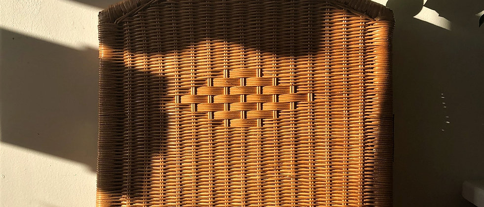 woven wicker, trifold, divider