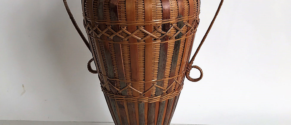 vintage, wicker urn