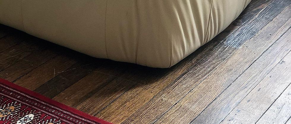 """vintage rug (35.5"""" x 25.5"""")"""
