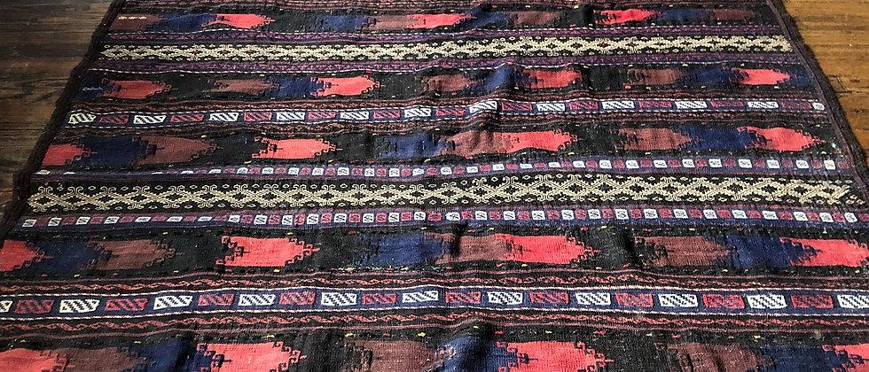 vintage rug (10' x 5.5')