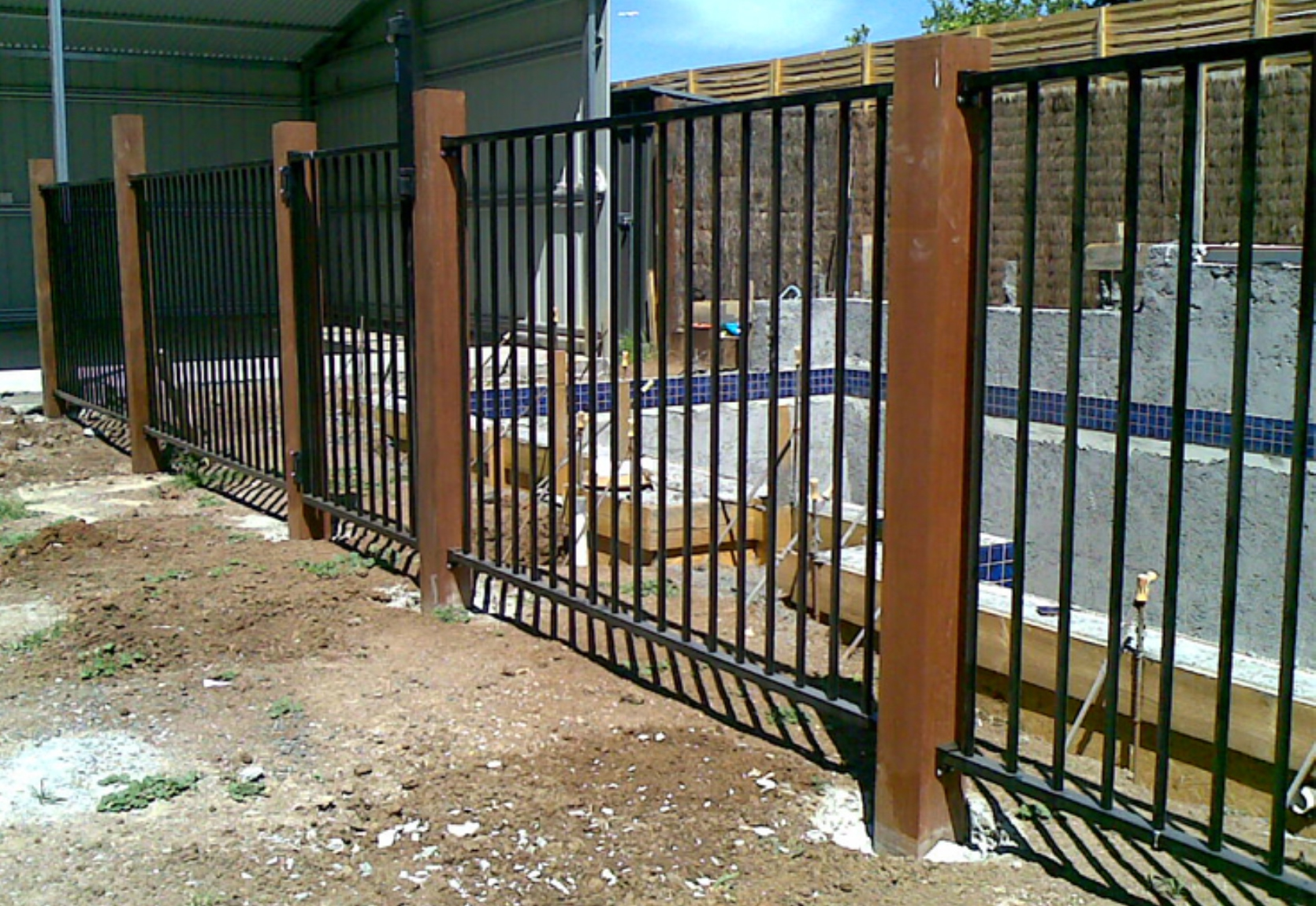 Aluminium Pool Fencing with Merbau