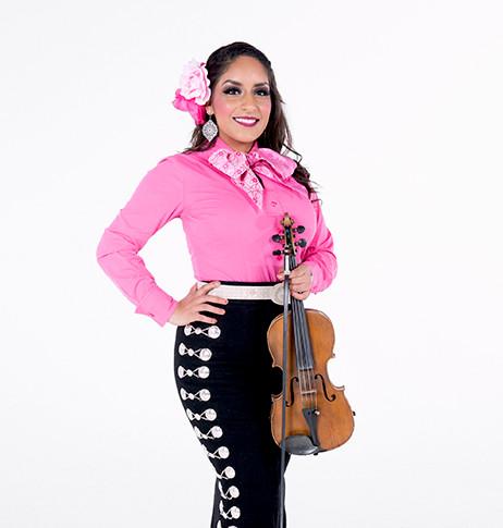 Violinist/Vocalist Palomita Montes