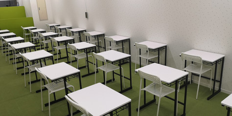 教室内04.jpg