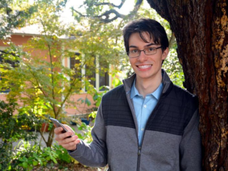 Teen Entrepreneur Makes Eating Healthy  Easy With Innovative Nutrition App