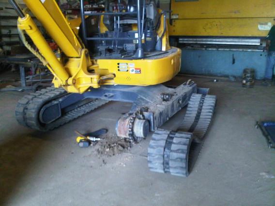 main_Heavy Equipment Repair.jpg