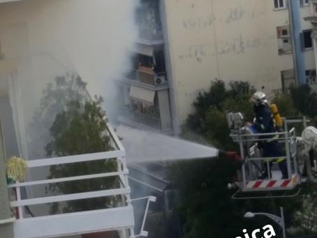 Η στιγμή της τραγικής πυρκαγιάς από τον πατροκτόνο (Βίντεο)