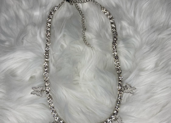 Buttafly Necklace: Silver