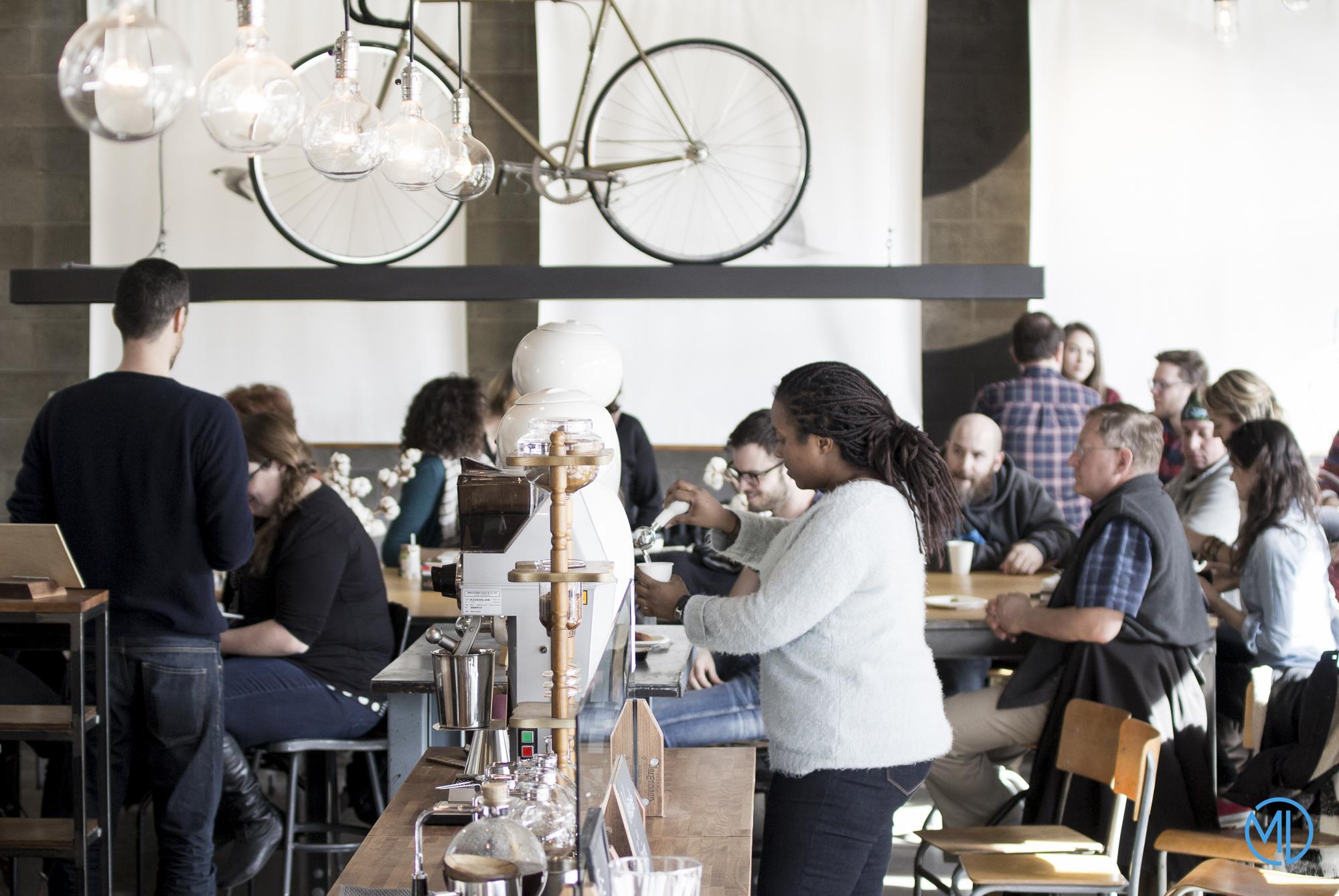 Café Le Falco Montréal FIKAS