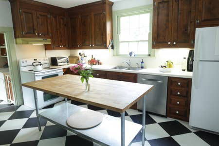 huguenot-springs-kitchen.jpg
