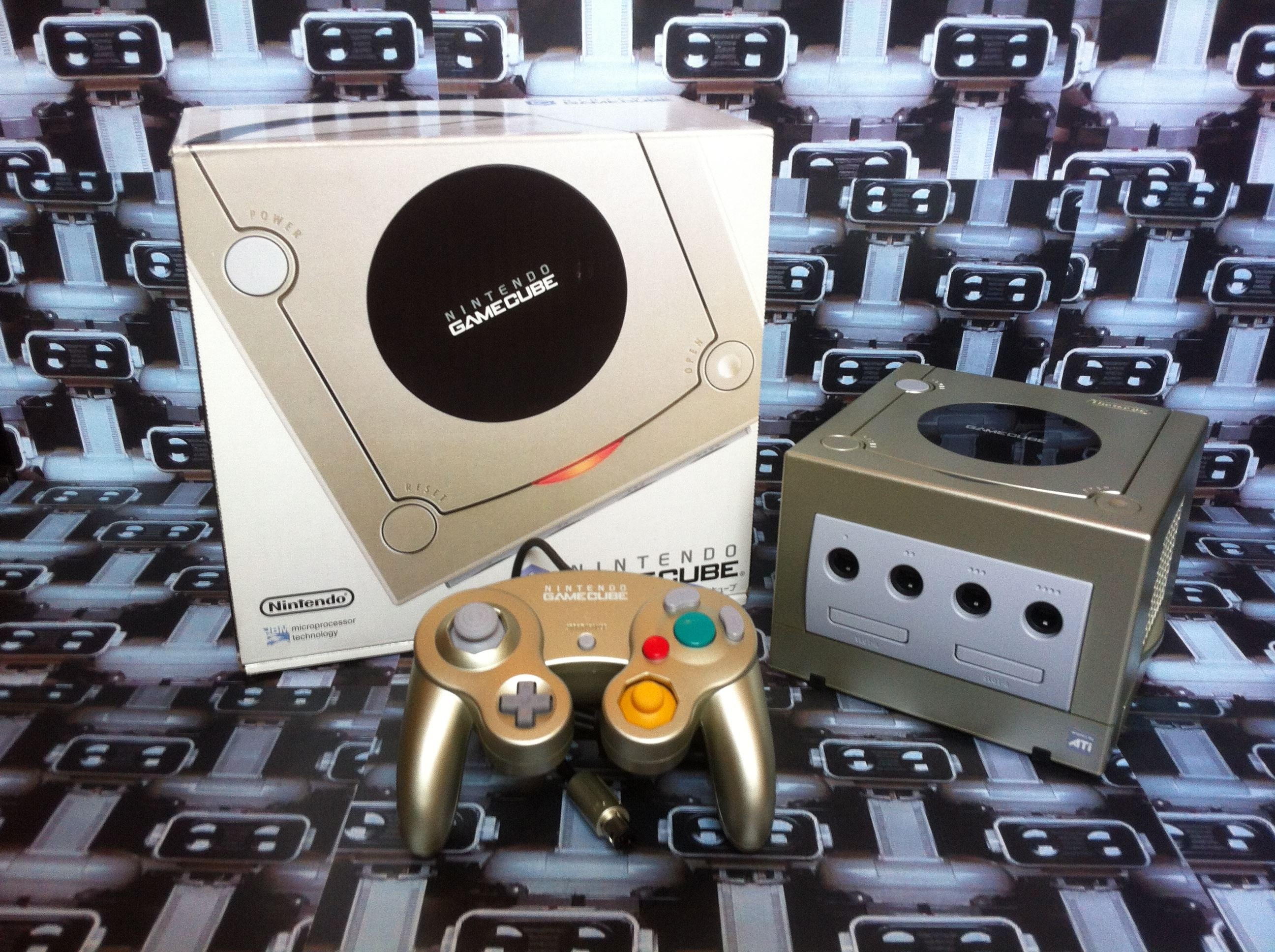 www.nintendo-collection.com - Gamecube Starlight Gold Or Toy's R Us Toysrus Limited edition Japanese