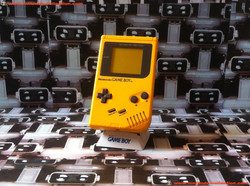 www.nintendo-collection.com - Gameboy Yellow Jaune