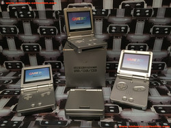 www.nintendo-collection.com - Gameboy Advance GBA SP Kit Launch Edition Lanecement sortie edition 28