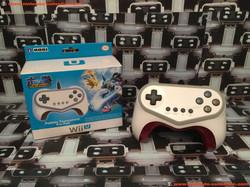 www.nintendo-collection.com - Nintendo Wii U Accessory Accessoire Hori Pokken Tournament Pro Pad Con