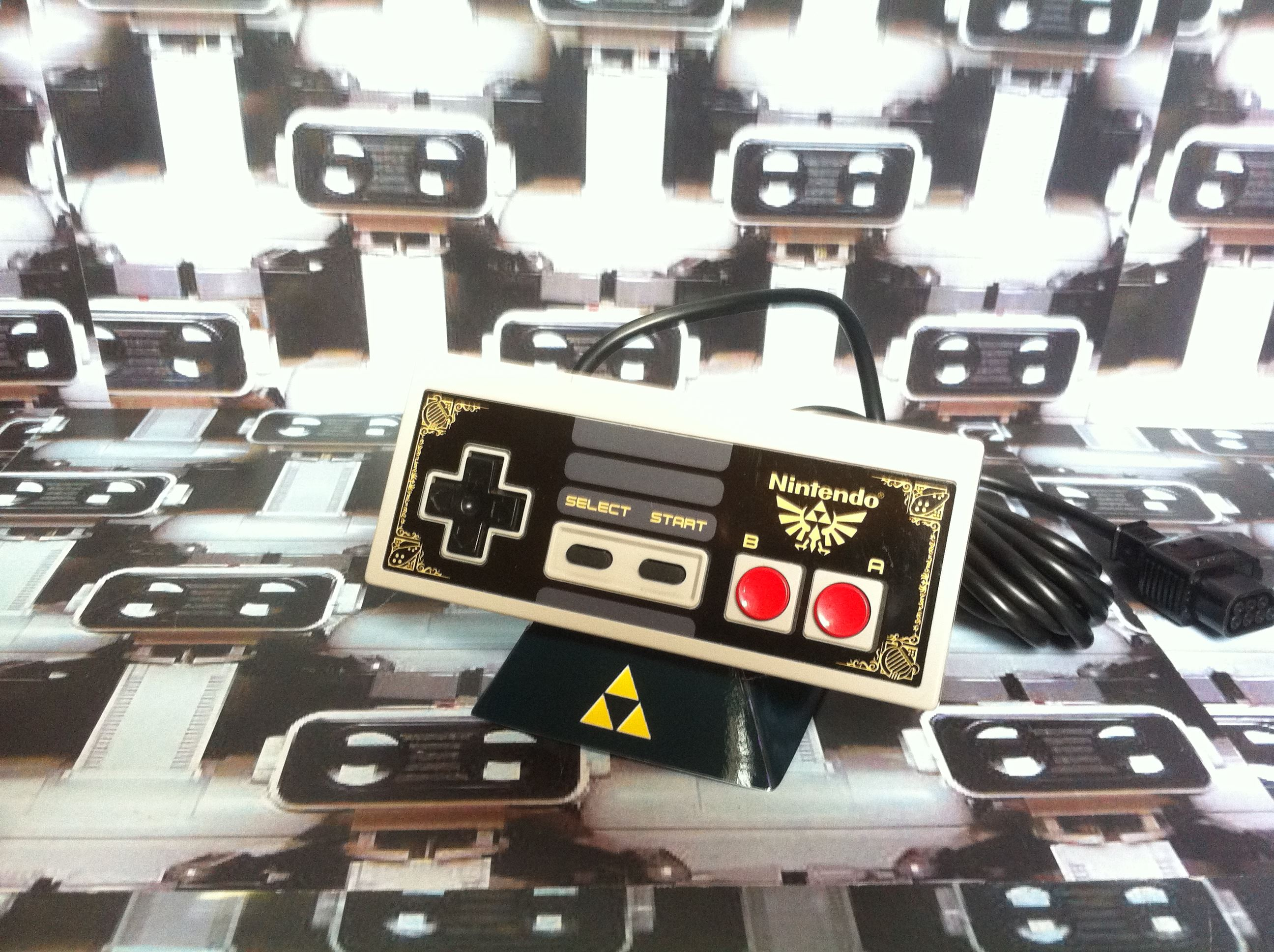 www.nintendo-collection.com - NES Nintendo Entertainment System Controller Manette Sticker Zelda
