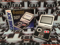www.nintendo-collection.com - Gameboy Advance GBA SP Nes Edition US American Americaine version - 02
