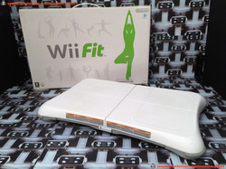 www.nintendo-collection.com - Nintendo Wii Wii Fit Balance Board White Blanche