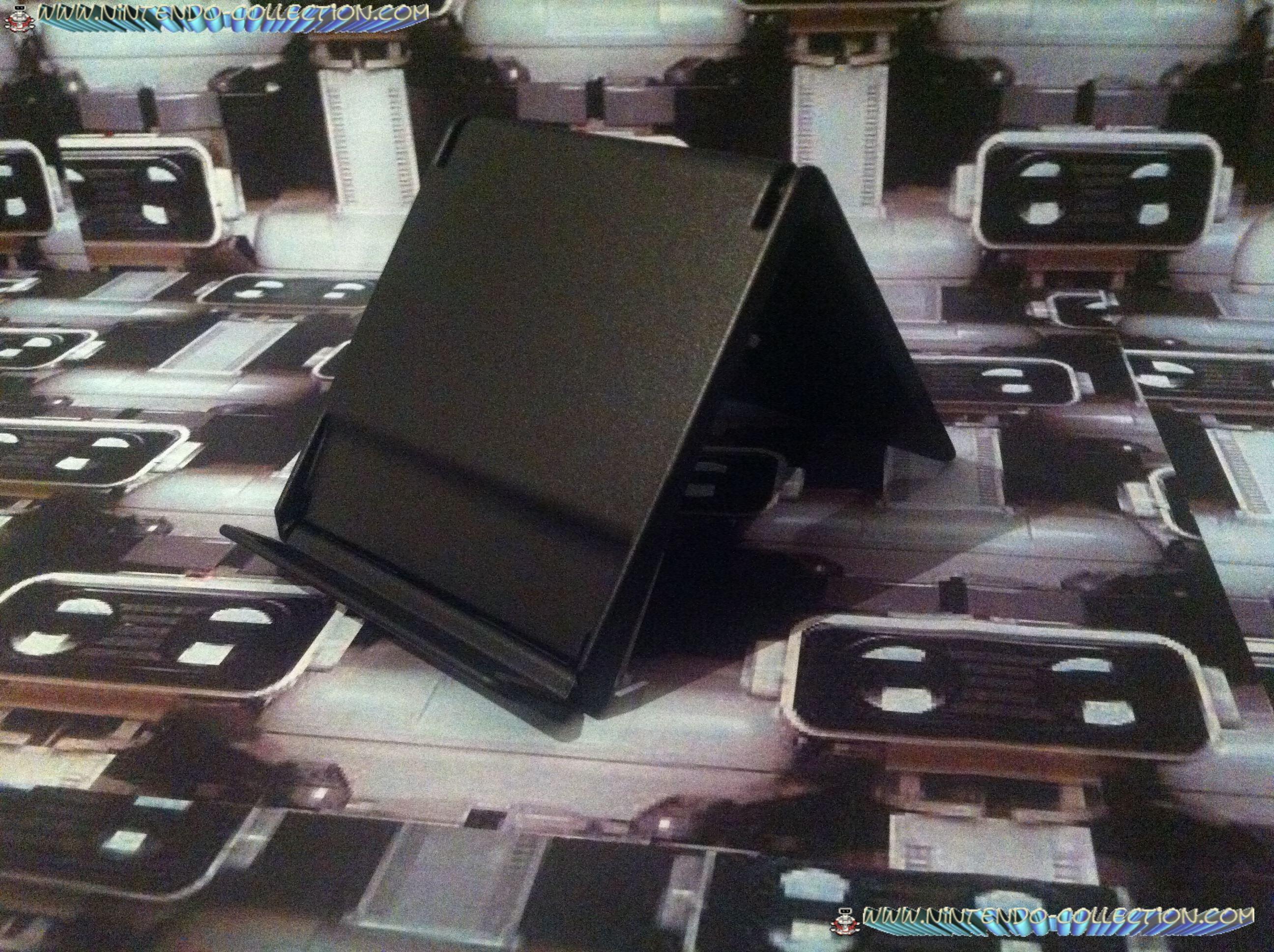 www.nintendo-collection.Com - Nintendo DS Accessoire Stand presentoir