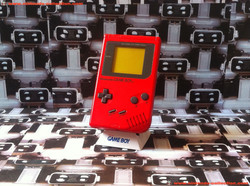 www.nintendo-collection.com - Gameboy Red Rouge