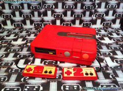 www.nintendo-collection.com - Sharp Twin Famicom Red