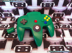 www.nintendo-collection.com  - Nintendo N64 Controller green - Manette  verte.jpg