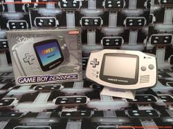 www.nintendo-collection.com - Gameboy Advance GBA Silver Platinium Argent Grise european europeenne