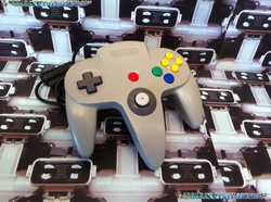 www.nintendo-collection.com  - Nintendo N64 Controller grey - Manette grise