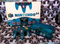 www.nintendo-collection.com - Nintendo 64 N64 Clear Blue - Bleue transparente - Funtastic