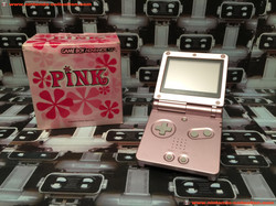 www.nintendo-collection.com - Gameboy Advance GBA SP Limited Pink Edition Pink Rose Edition europeen