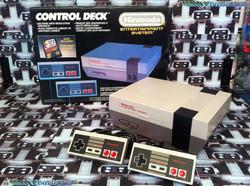 www.nintendo-collection.com - Nintendo NES Control Deck Euro Version 1