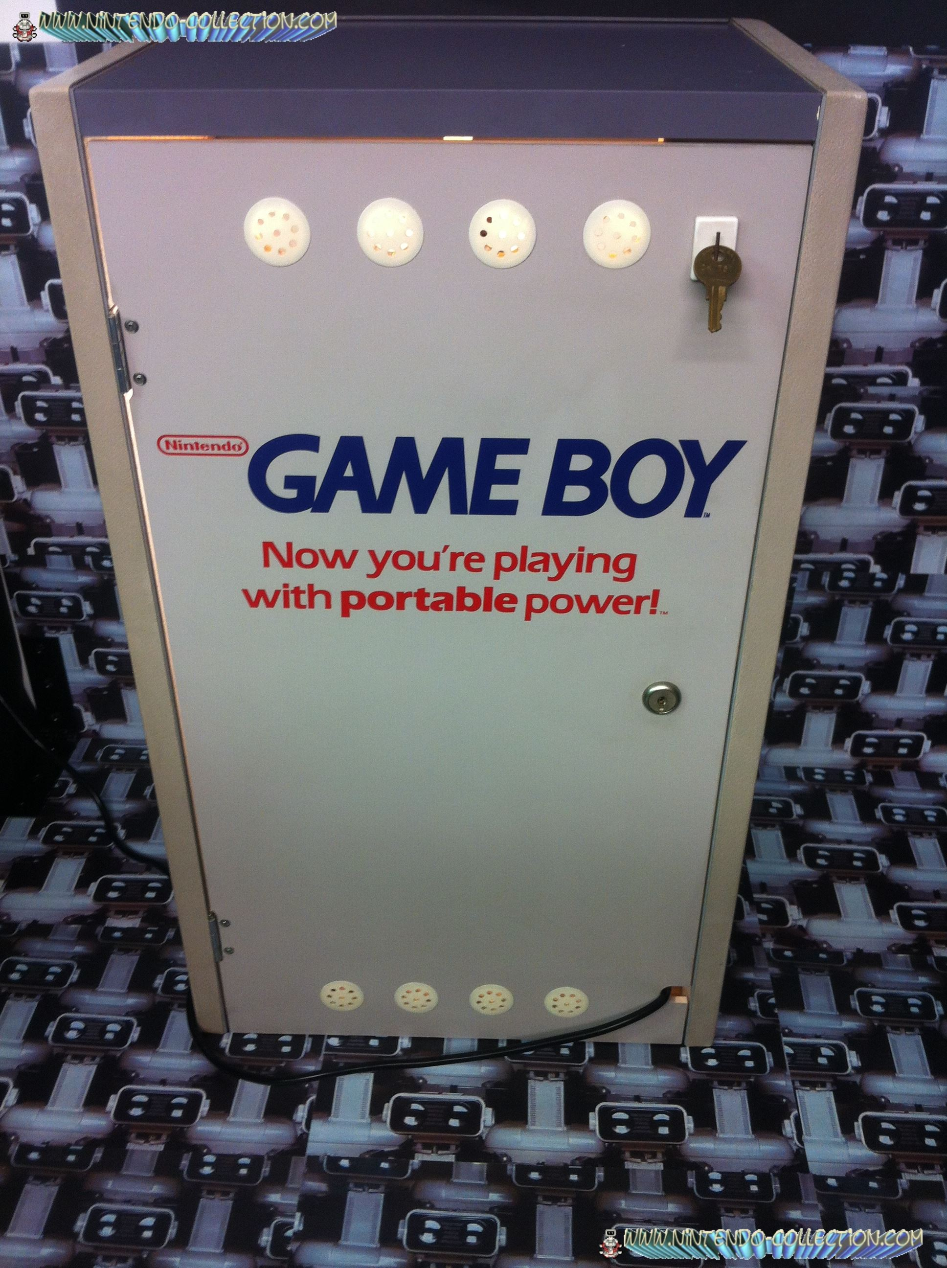 www.nintendo-collection.com - Borne demonstration Gameboy Demo Kiosk - 4