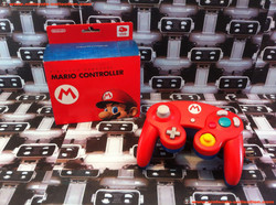 www.nintendo-collection.com - Gamecube controller manette Mario club nintendo