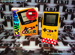www.nintendo-collection.com - Gameboy Color Tommy Hilfiger edition US Usa