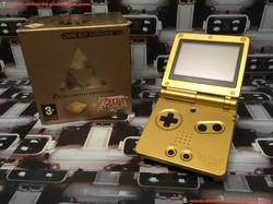 www.nintendo-collection.com - Gameboy Advance GBA SP Zelda Edition europeenne european - 02