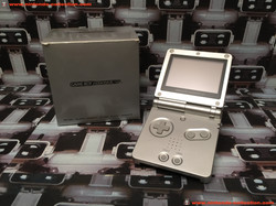 www.nintendo-collection.com - Gameboy Advance GBA SP Silver Argent Edition europeenne european - 03