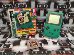 www.nintendo-collection.com - Gameboy GB Pocket Green Verte Limited edition Soccer Foot en boite in