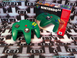 www.nintendo-collection.com  - Nintendo N64 Controller green in box - Manette  verte en boite