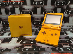 www.nintendo-collection.com - Gameboy Advance GBA SP Donkey Kong Limited Edition Club Nintendo Japan