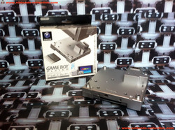 www.nintendo-collection.com - Gamecube Gameboy Player Silver argent