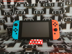 www.nintendo-collection.com - Nintendo Switch Pack Joy-Con Pair Manette Neon Red Rouge Neon Blue Ble