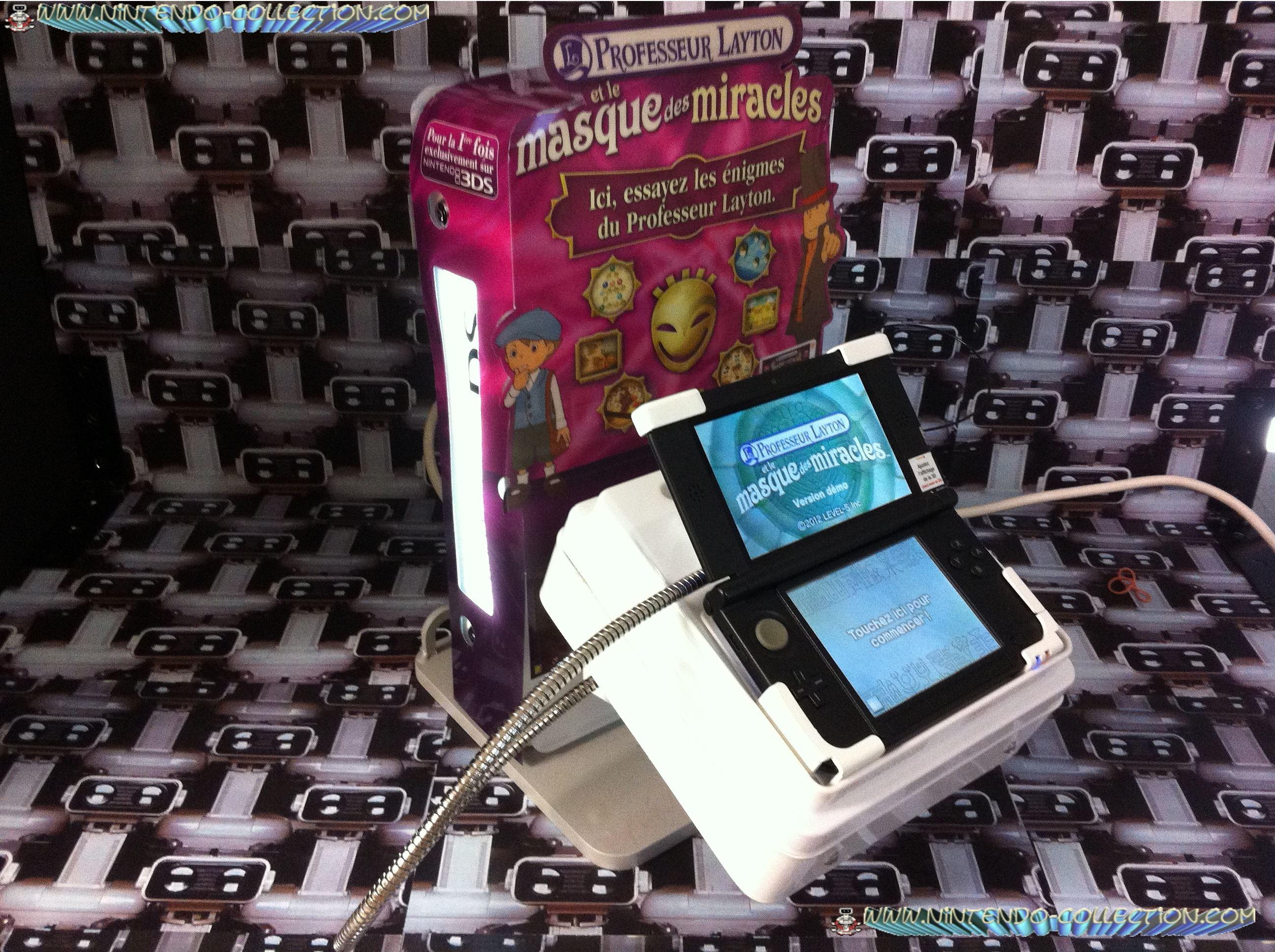 www.nintendo-collection.com - Borne Kiosk  Demo 3DS XL LL Comptoir Counter Display with Layton Skin