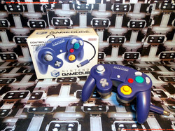 www.nintendo-collection.com - Gamecube controller manette Purple and clear violette et ttransparent