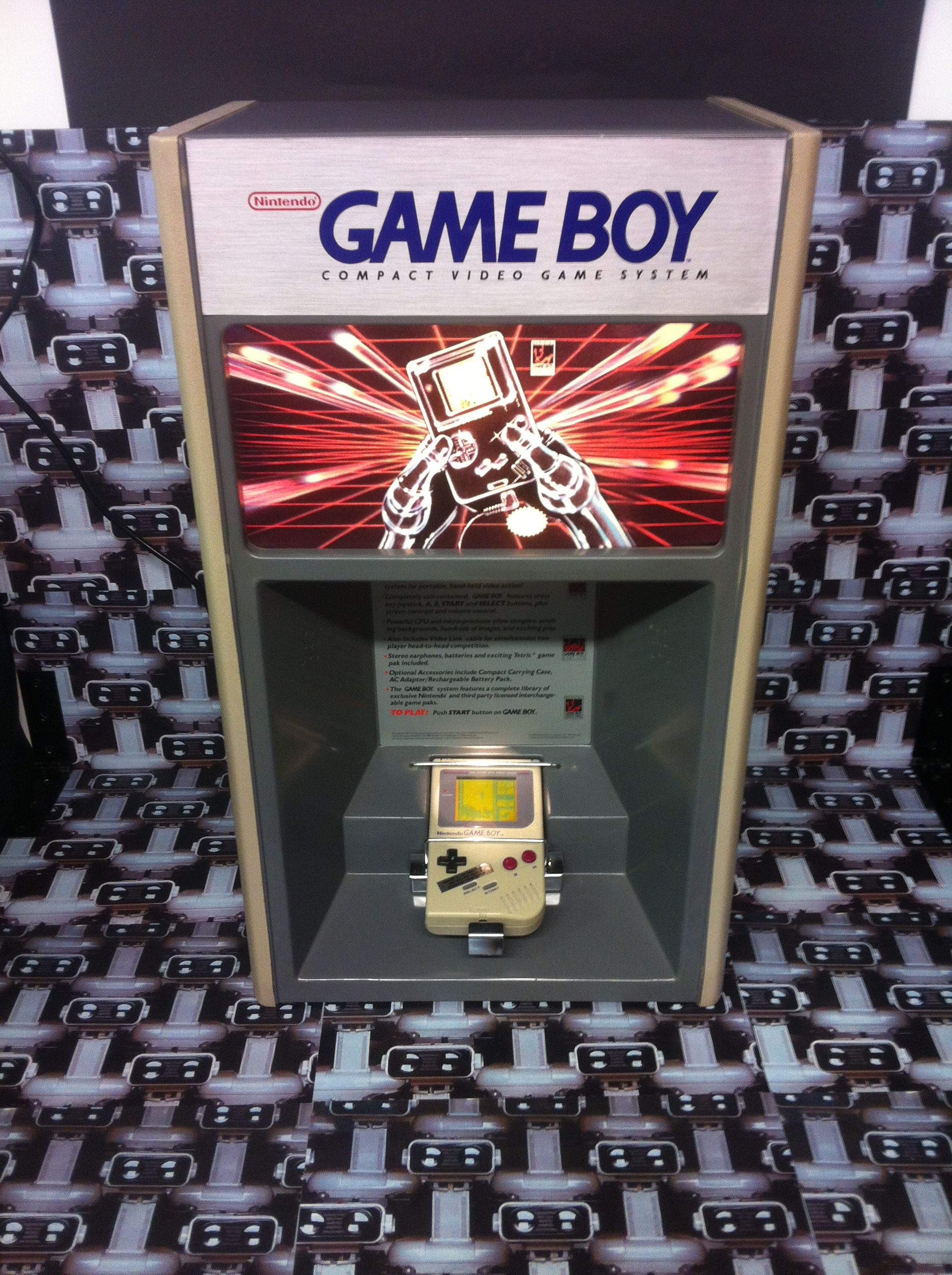 www.nintendo-collection.com - Borne demonstration Gameboy Demo Kiosk - 2