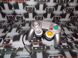 www.nintendo-collection.com - Gamecube controller manette Silver Argent