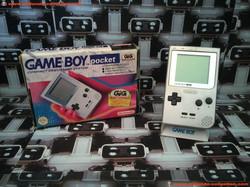 www.nintendo-collection.com - Gameboy Silver Argent ecran chrome no LED GIG version Italia Italie