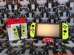 www.nintendo-collection.com - Nintendo Switch Joy-Con Pair Manette Neon Yellow Fluo - 03