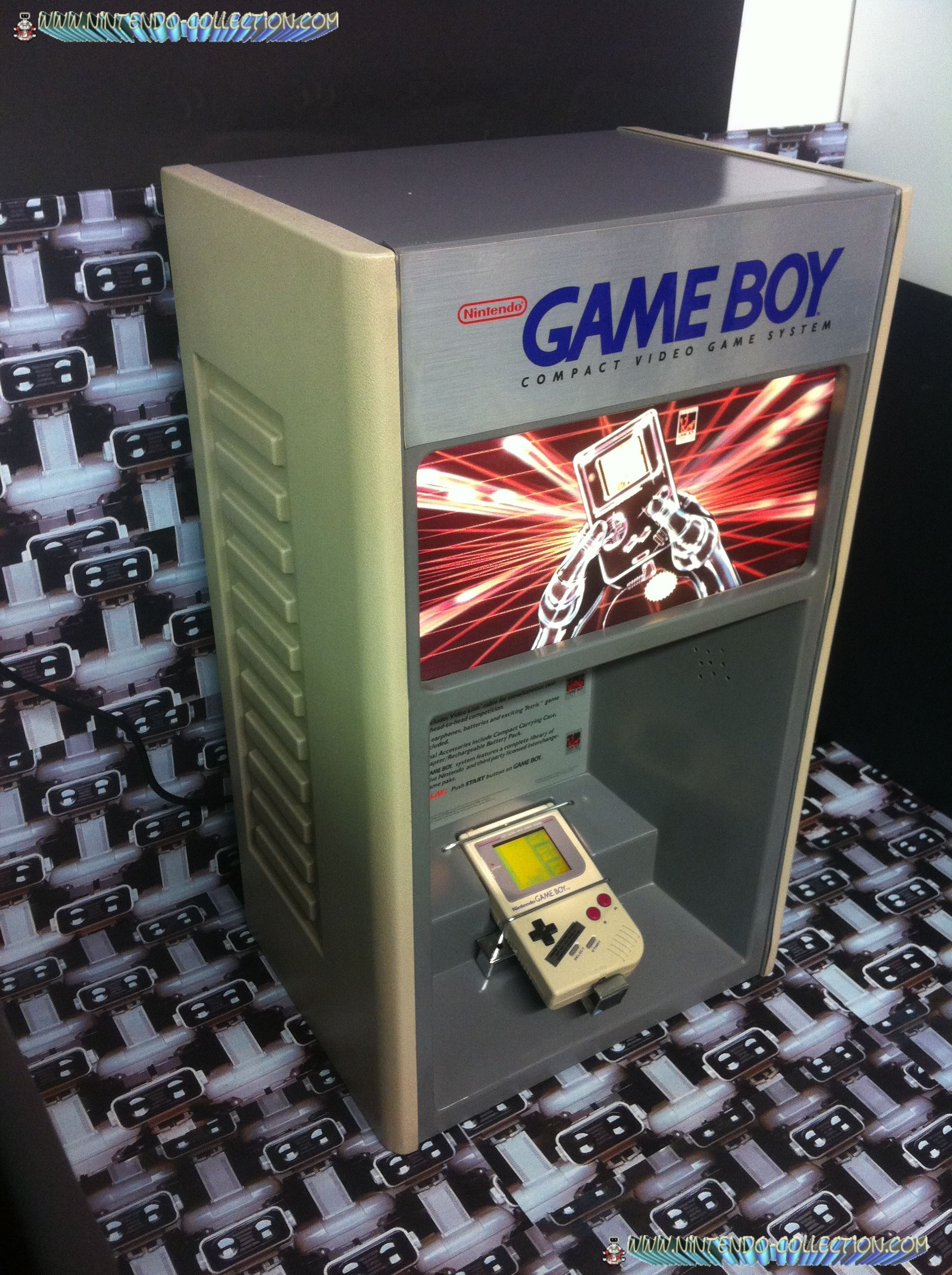 www.nintendo-collection.com - Borne demonstration Gameboy Demo Kiosk - 1